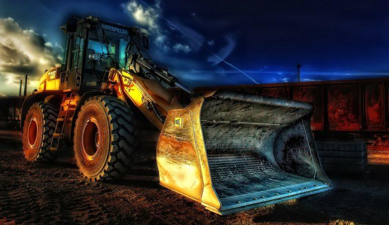 Wybranie firm realizujących usługi budowlane