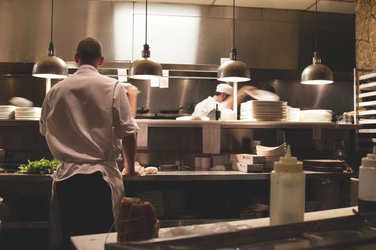 Czy roboty już goszczą w waszych kuchniach?